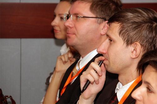Первые доклады: Александр Удовиченко, Ольга Кочкина, Игорь Брук.